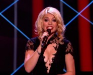 HOLLY WILLOUGHBY SHOWS OFF HER ASSETS ON THE FINAL OF BBC'S 'THE VOICE.'
