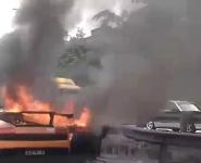 accident-lamborghini-en-feu